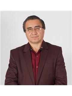Agente Inmobiliario - Fernando Gutierrez Gonzalez - RE/MAX Grupo Inmobiliario