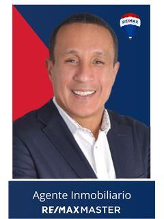 Agente Inmobiliario - Henrry Acuña Paez - RE/MAX Master