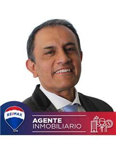 Agente Inmobiliario - Hernando Garcia Romero - RE/MAX Conecta