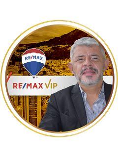 Agente Inmobiliario - Edgar Cufiño Gonzalez - RE/MAX VIP