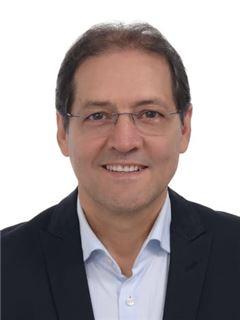Agente Inmobiliario - Luis Carlos Rendon - RE/MAX Centro Inmobiliario
