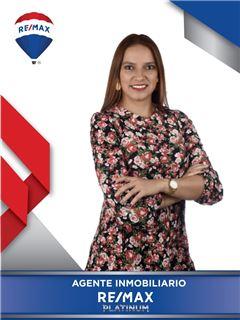Agente Inmobiliario - Julieth Lorena Ariza Mancera - RE/MAX Platinum