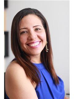Agente Inmobiliario - Erika Maria Avila Pedroza - RE/MAX Top Inmobiliaria