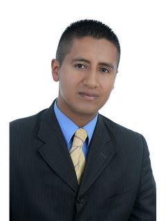 Cesar Javier Navarrete - RE/MAX Premium