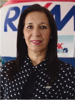 Jaqueline Tarazona - RE/MAX Elite
