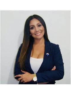 Agente Inmobiliario - Mariam Makarem Oliveros - RE/MAX Top Inmobiliaria