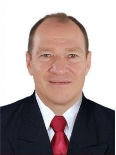 Agente Inmobiliario - Alejandro Reyes Londoño - RE/MAX Centro Inmobiliario