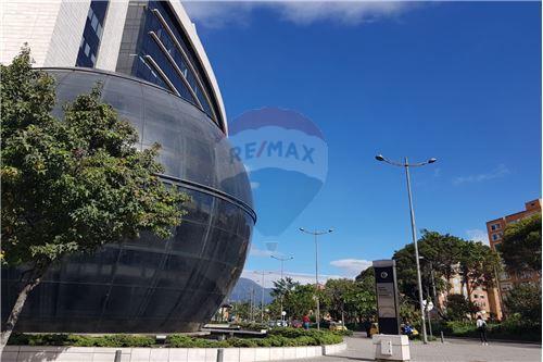 Penthouse - Venta - Bogotá, Fontibon - 27 - 660491001-92