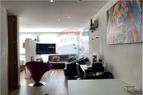 Apartaestudio - Venta - Bogotá, Usaquén - Sala-Comedor - 660481007-122