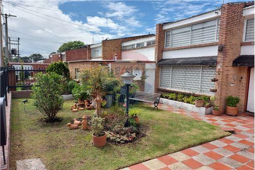 Casa  - Venta - Bogotá, Suba - 2 - 660481030-21