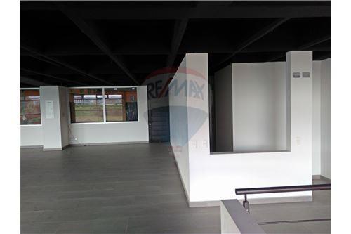 Segundo piso - espacio multiple