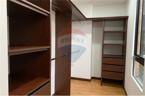 Vestidor/Walk-in-Closet