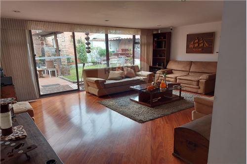 Casa  - Venta - Bogotá, Suba - 3 - 660481030-21