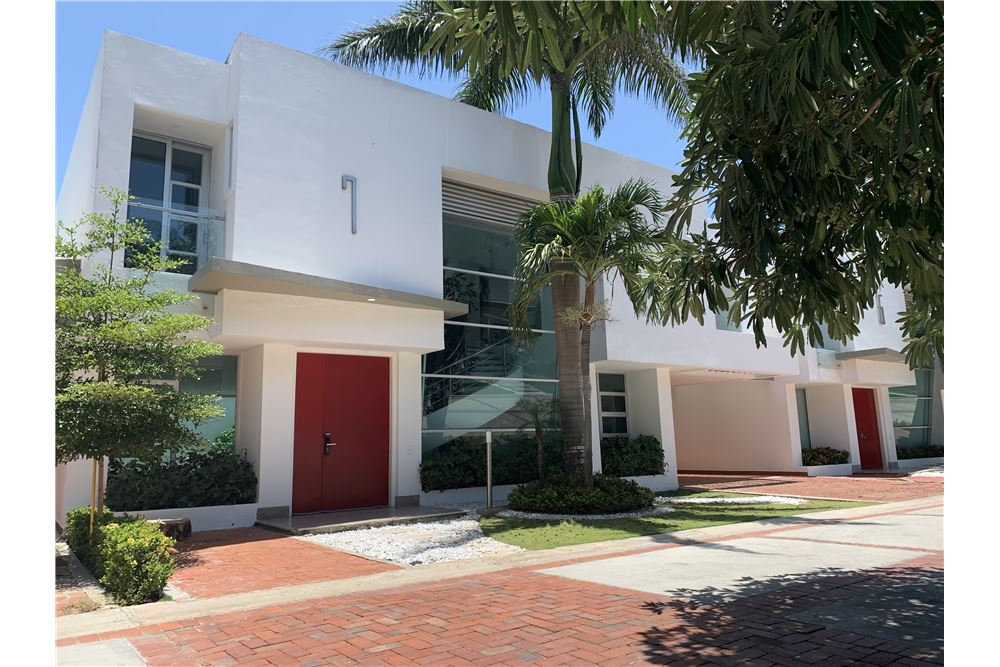 247 Sqm Townhouse For Sale 3 Bedrooms Located At Calle 133 51b 140 Villa Campestre Atlántico Barranquilla Colombia
