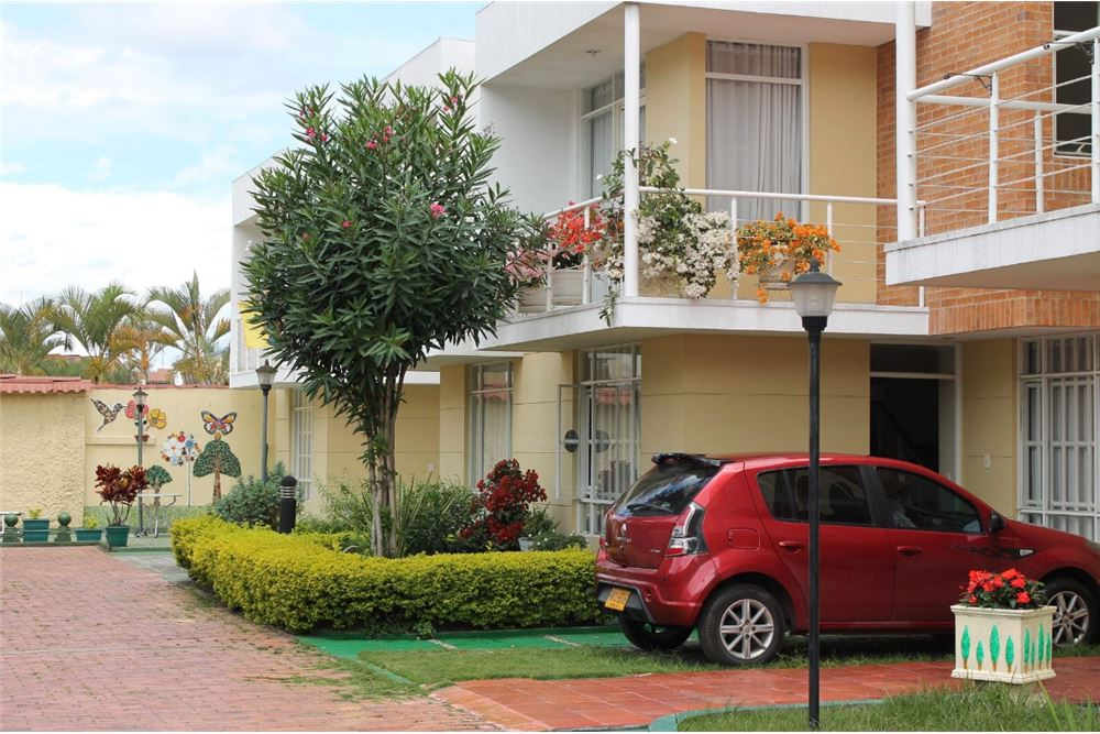Casa En Conjunto En Venta Con Un Area Construida De 107 M 4 Dormitorios Ubicado A En Casa 3 Calle 17 14b 31 Cundinamarca Fusagasuga