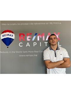 Nikola Djukanovic - RE/MAX Capital