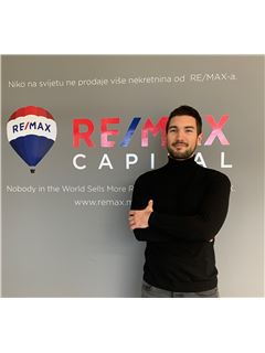 Lazar Šarčević - RE/MAX Capital