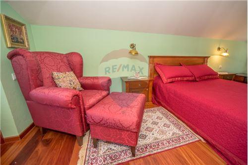Villa - For Sale - Cetinje Cetinje Montenegro - 17 - 700011001-1678