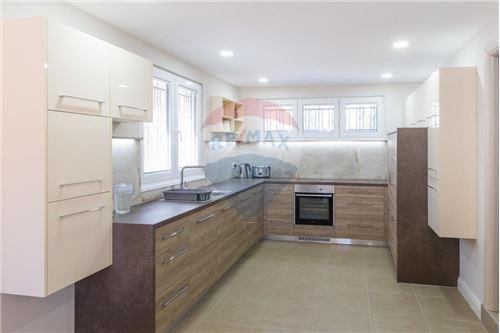 Villa - For Sale - Herceg-Novi Herceg-Novi Montenegro - 10 - 700011007-180