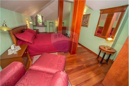 Villa - For Sale - Cetinje Cetinje Montenegro - 18 - 700011001-1678
