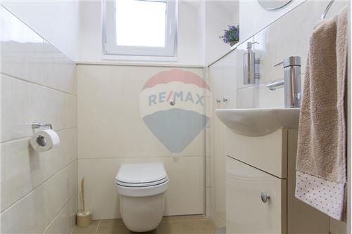 Villa - For Sale - Herceg-Novi Herceg-Novi Montenegro - 29 - 700011007-180