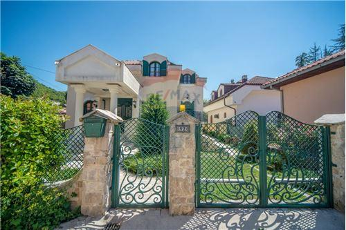Villa - For Sale - Cetinje Cetinje Montenegro - 2 - 700011001-1678