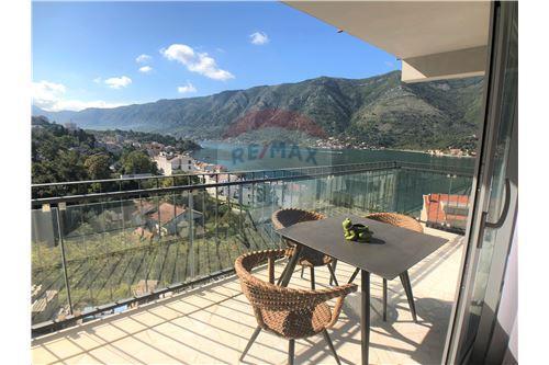Condo/Apartment - For Sale - Dobrota Kotor Montenegro - 26 - 700011011-155
