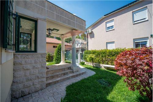 Villa - For Sale - Cetinje Cetinje Montenegro - 31 - 700011001-1678