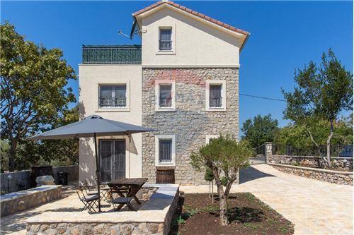 Villa - For Sale - Herceg-Novi Herceg-Novi Montenegro - 1 - 700011007-180