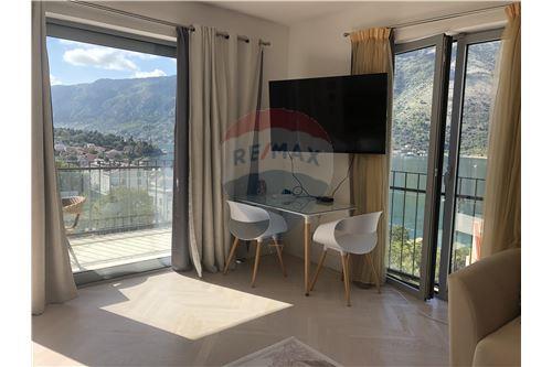 Condo/Apartment - For Sale - Dobrota Kotor Montenegro - 39 - 700011011-155