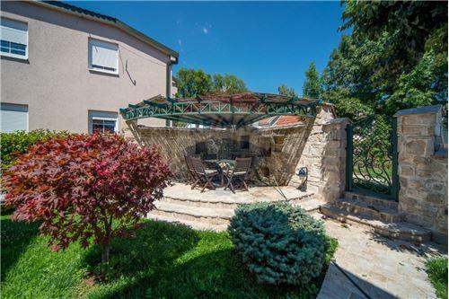Villa - For Sale - Cetinje Cetinje Montenegro - 35 - 700011001-1678