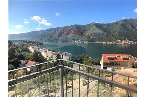 Condo/Apartment - For Sale - Dobrota Kotor Montenegro - 27 - 700011011-155