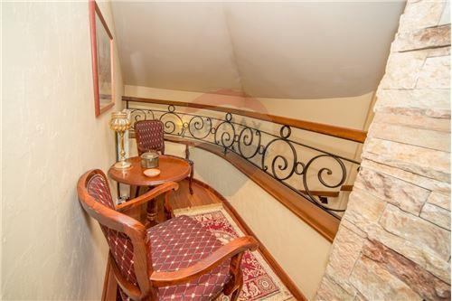 Villa - For Sale - Cetinje Cetinje Montenegro - 16 - 700011001-1678