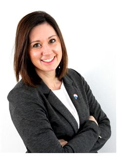 Associate in Training - Betty Angot - RE/MAX Platinium