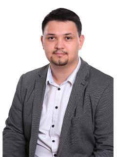 Associate in Training - Clément Manuguerra - RE/MAX Jolimmo