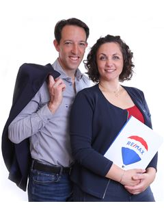 Associate in Training - Lou et Nicolas Lourenço - RE/MAX NEWorld Immo Consulting