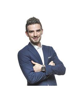 Associate in Training - Pierre-Julien Morel - RE/MAX Jolimmo