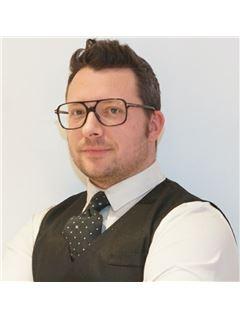 Office Staff - Laurent Soula - RE/MAX Immogp