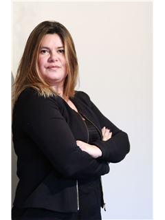 Associate in Training - Christelle David - RE/MAX Platinium