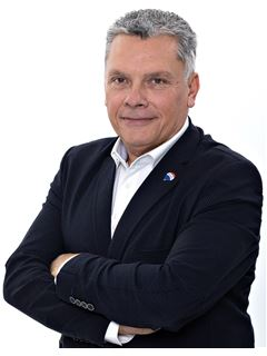 Directeur d'agence - Bruno LUSSIAUD - RE/MAX Millesimes