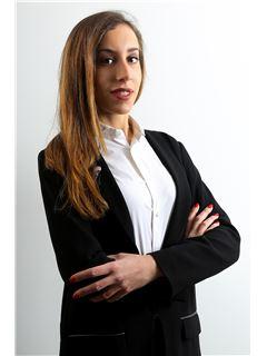 Associate in Training - Laura CAVAGNI - RE/MAX Azur Signature