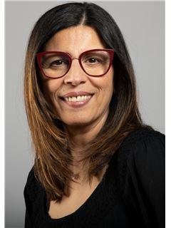 Associate in Training - MEDIOUNI Safia - RE/MAX Immofrontiere