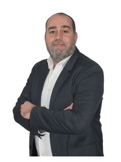 Associate in Training - Francois Ruiz - RE/MAX NEWorld Immo Advance
