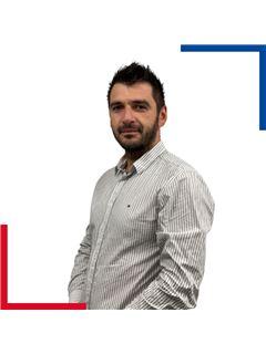 Associate in Training - George GHIDIU - RE/MAX Azur Signature