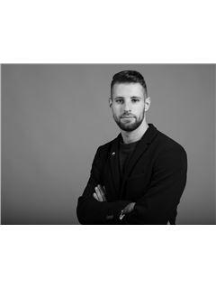 Associate in Training - PERDICES Lauris - RE/MAX Immofrontiere