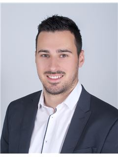 Associate in Training - Kevin MILLET - RE/MAX Azur Signature
