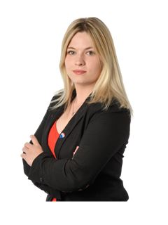 Associate in Training - Andréa Mongin - RE/MAX Jolimmo