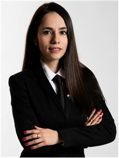Associate in Training - RAMIREZ Laura - RE/MAX Immofrontiere
