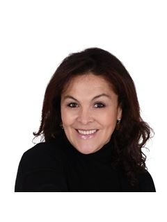 Paola LESMES - RE/MAX Azur Excellence