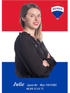Associate in Training - Julie MAYEUR - RE/MAX Platinium